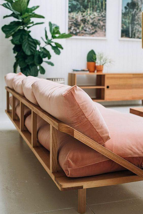 Contemporary pallet sofa