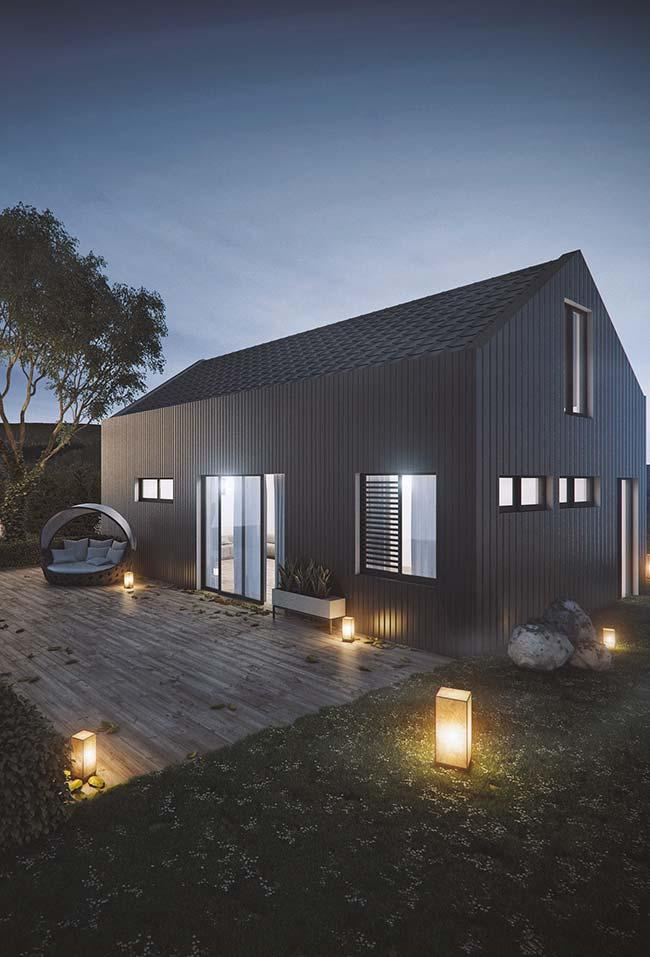 Simple house with zinc tile