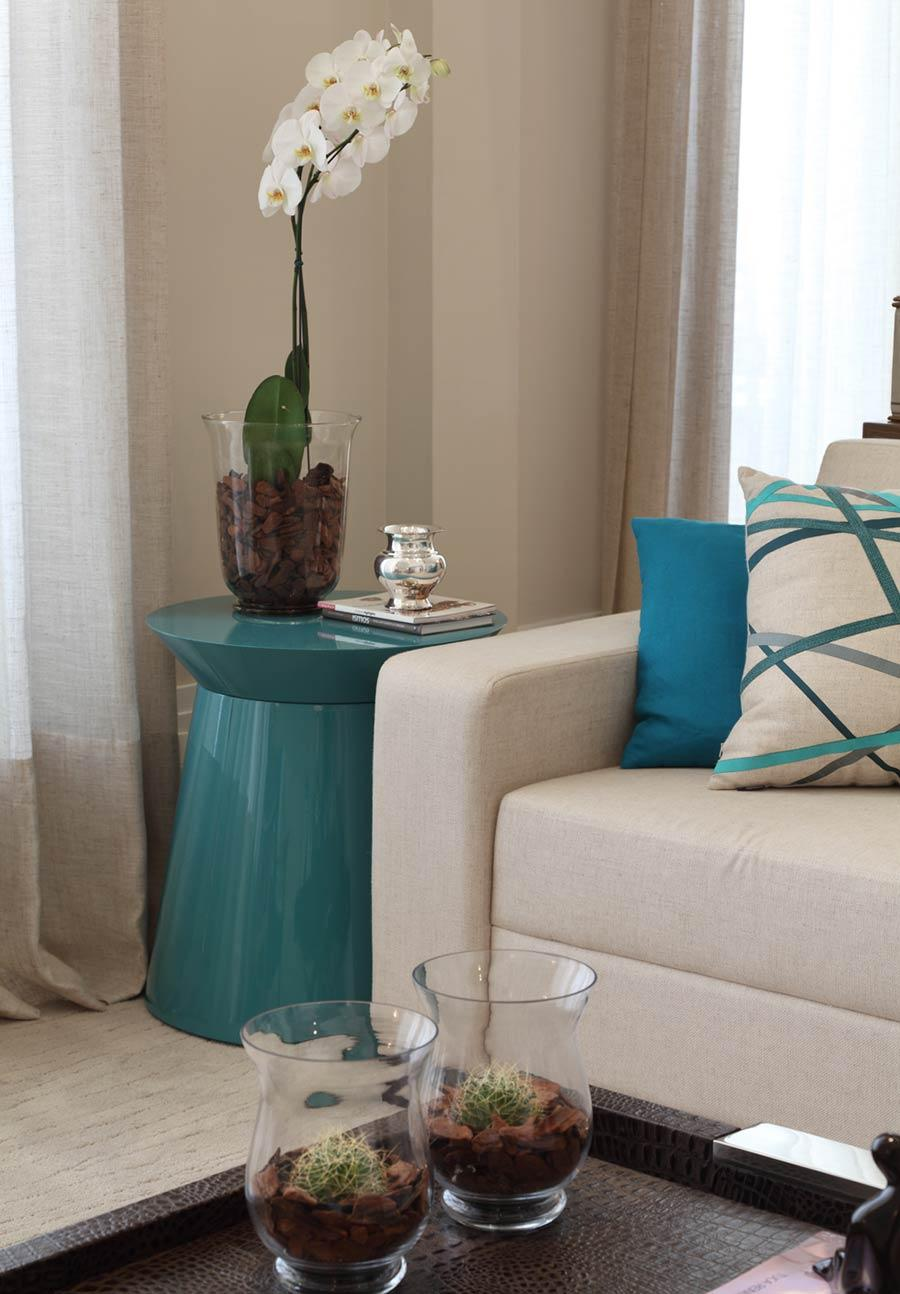 Living room with turquoise blue decor