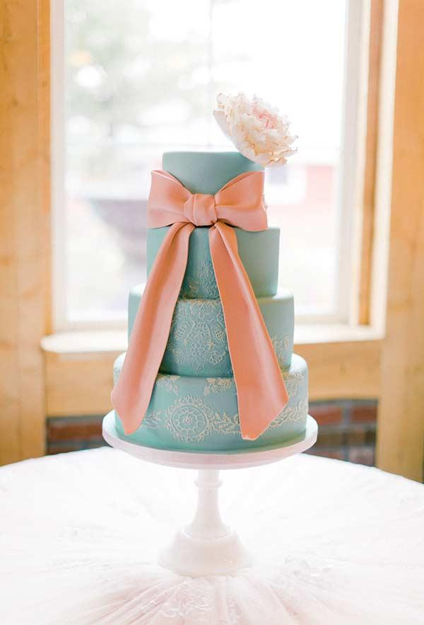 Cake with Salmon Tones and Tiffany Blue