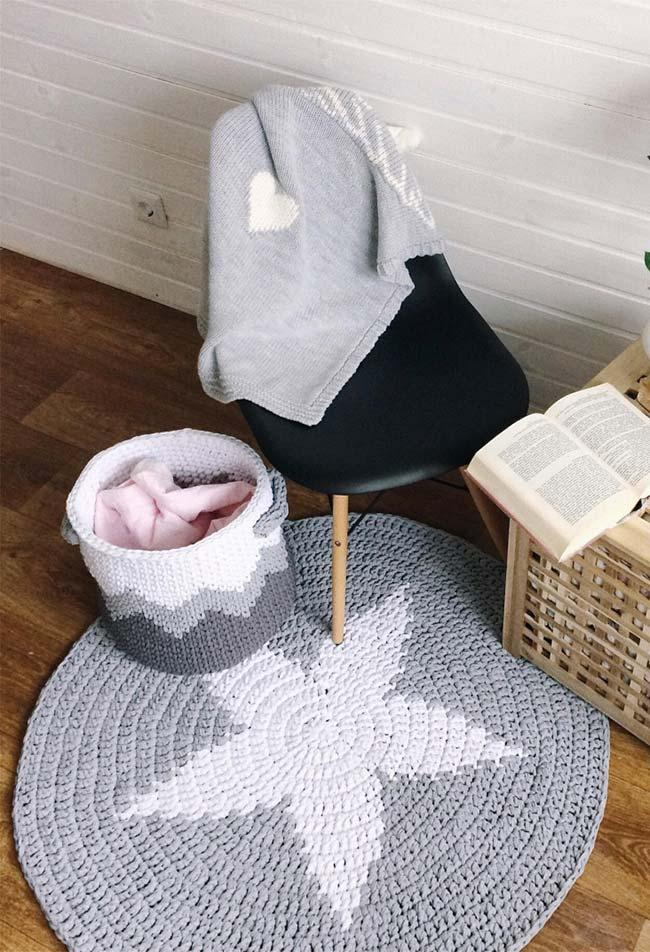Round rug and crochet basket