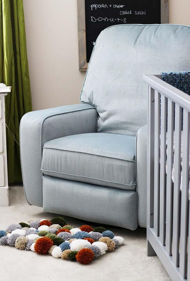 Small Pompom Rug for Baby Room