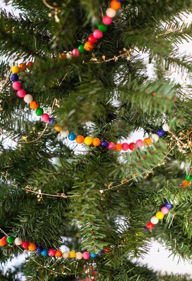 Bead necklaces and colored chains for the decorated Christmas tree