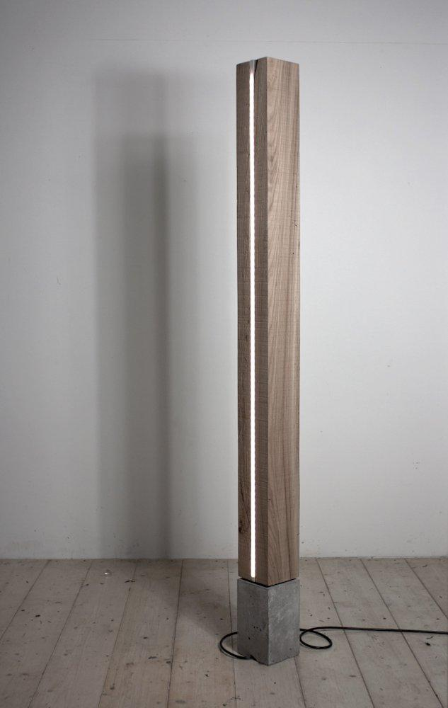 Minimalist concept for wooden floor lamp