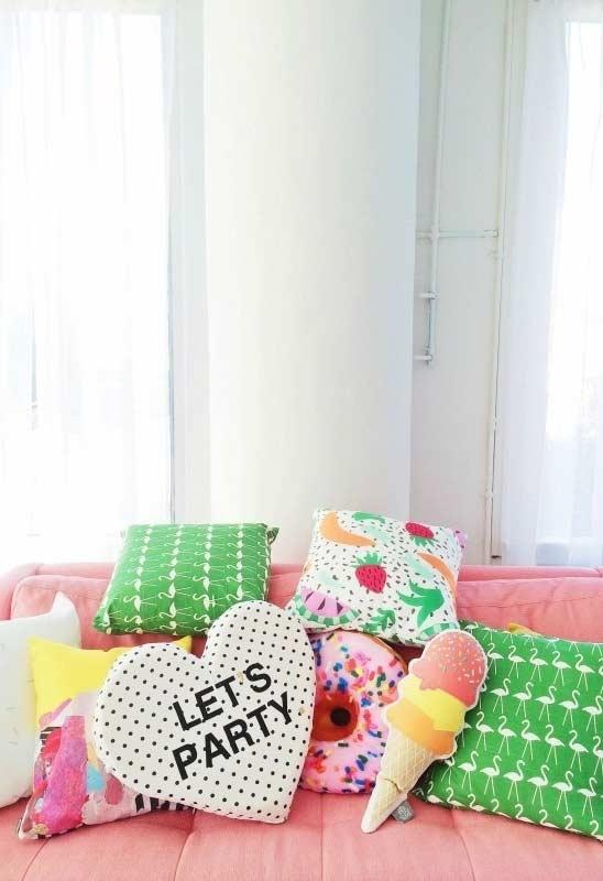 Fun pillows: 60 models full of joy to be inspired 16