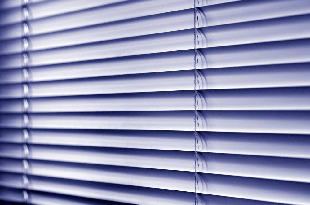 How to Clean Blinds (Types)