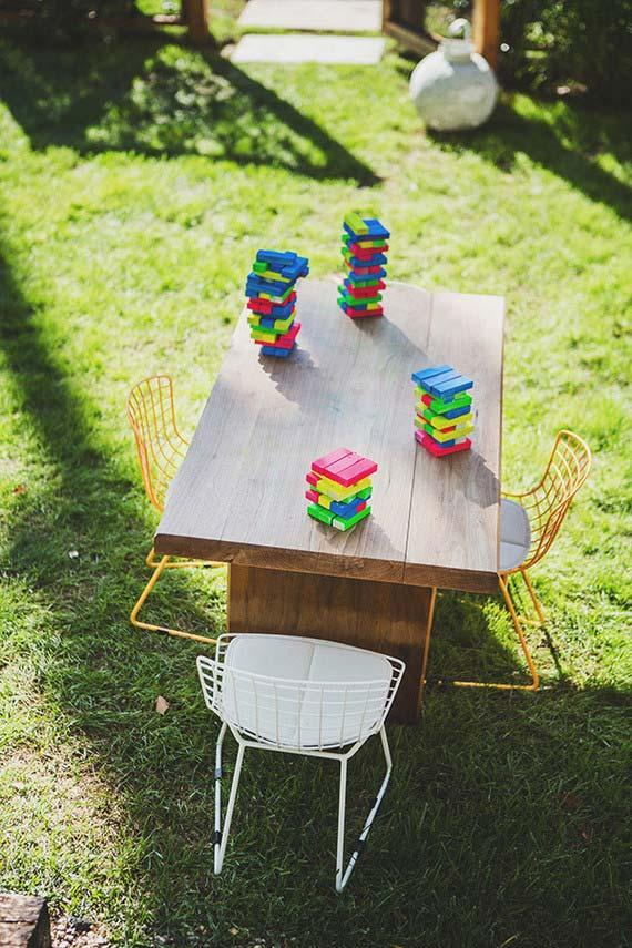 Simple toys for party