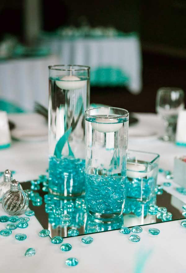 Details in tiffany blue highlight transparent elements in the decoration