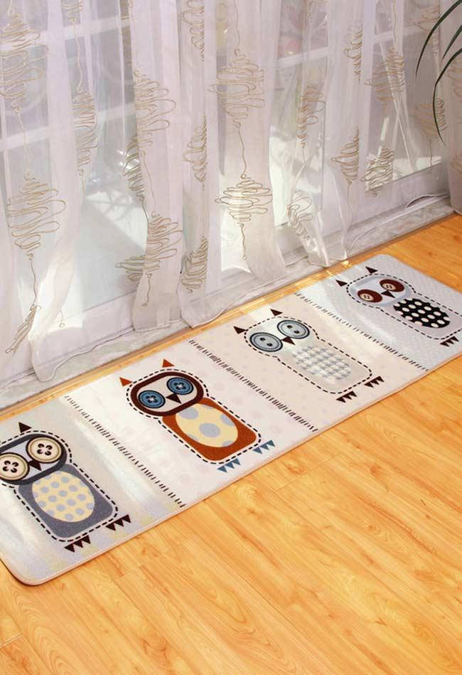 Rug in style with 4 owls
