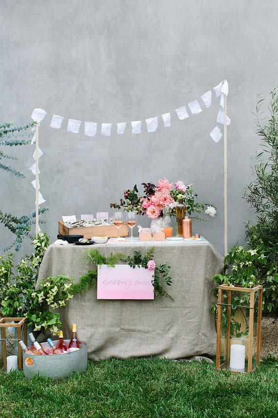 If you have a green space at home, the wedding decoration at home is almost ready