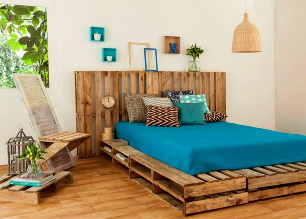 Pallet bed: 60 models, 12 step by step photos