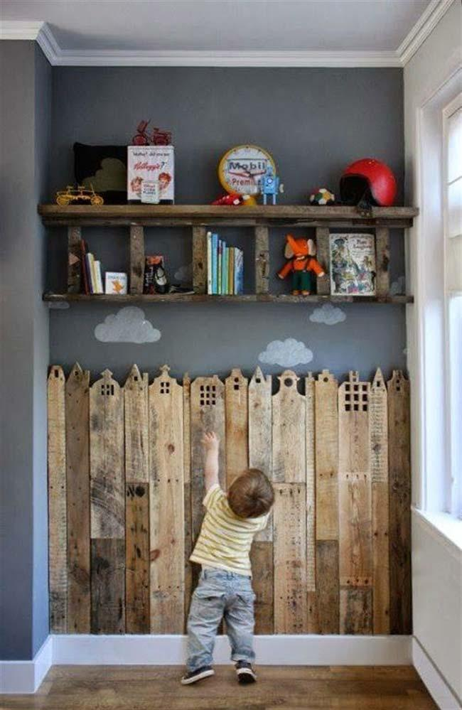 Wall of pallet for children's room