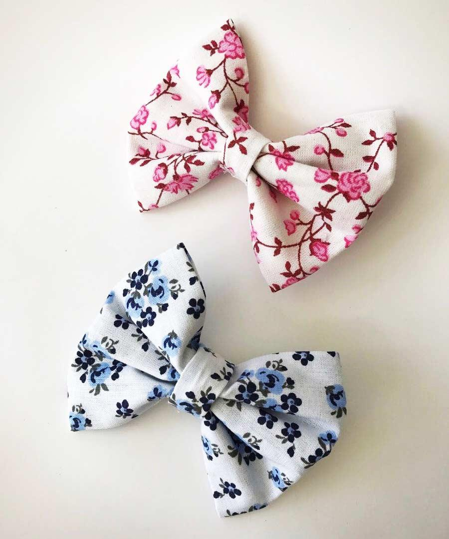 Fabric tie with flowery prints