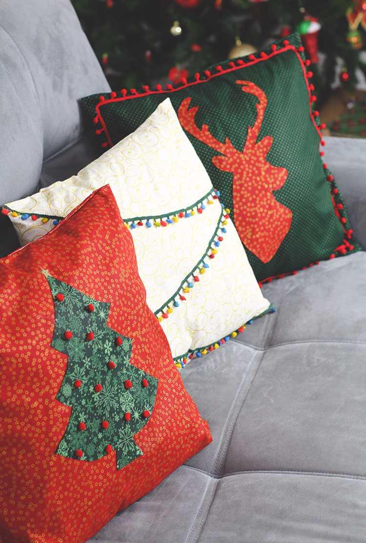 Christmas Cushions: 60 Decorating Ideas and How to Make 13