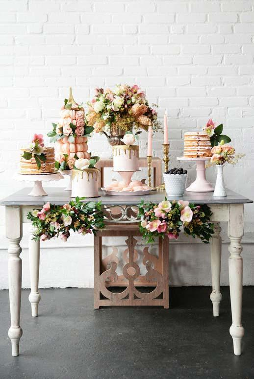 Brick wall of the house gave an extra charm to the wedding decoration at home