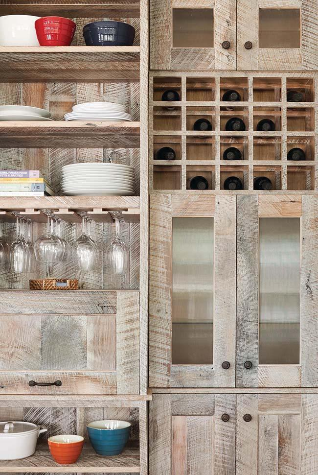A whole kitchen of pallets? Yes, it is possible