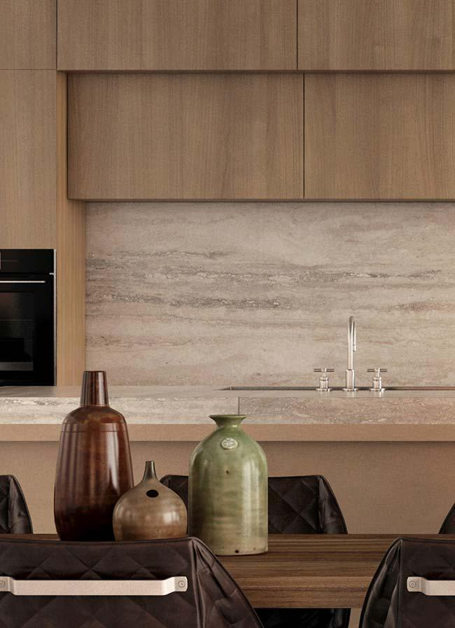 Tone of the Botticino marble in perfect harmony