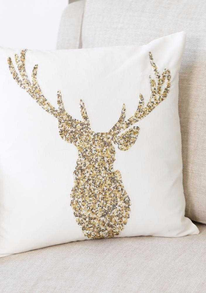 Christmas Cushions: 60 Decorating Ideas and How to Make 42