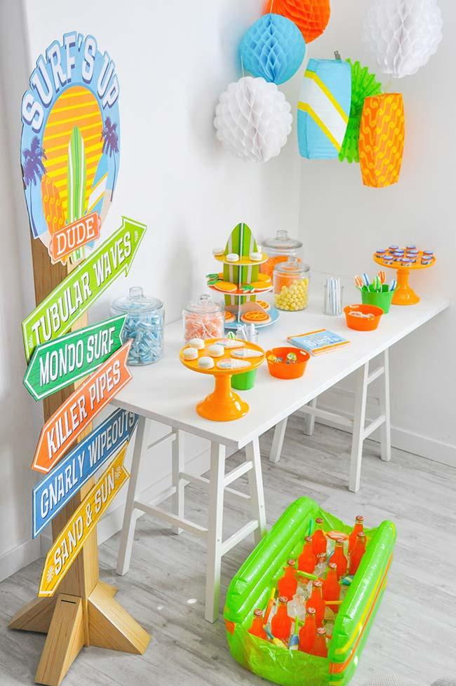 Simple children's party with the beach theme