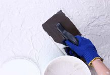 How to put plaster on the wall: tips on how to do it