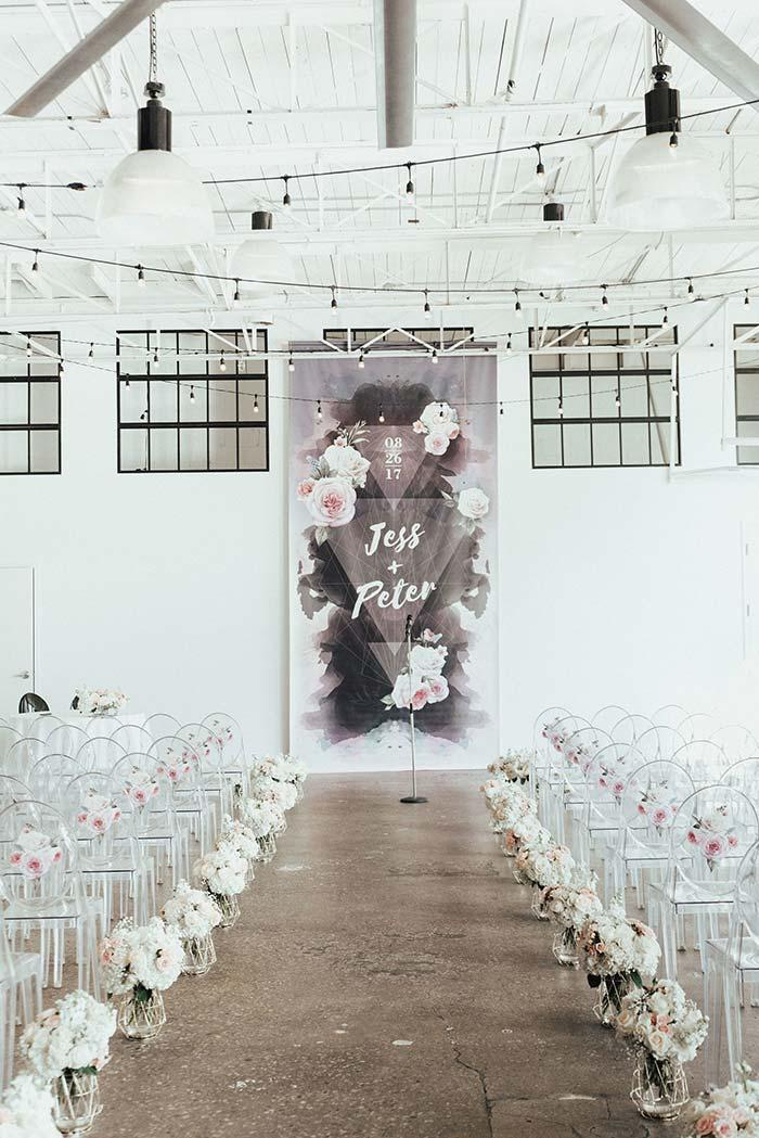 White and Black on Wedding Decor 2018