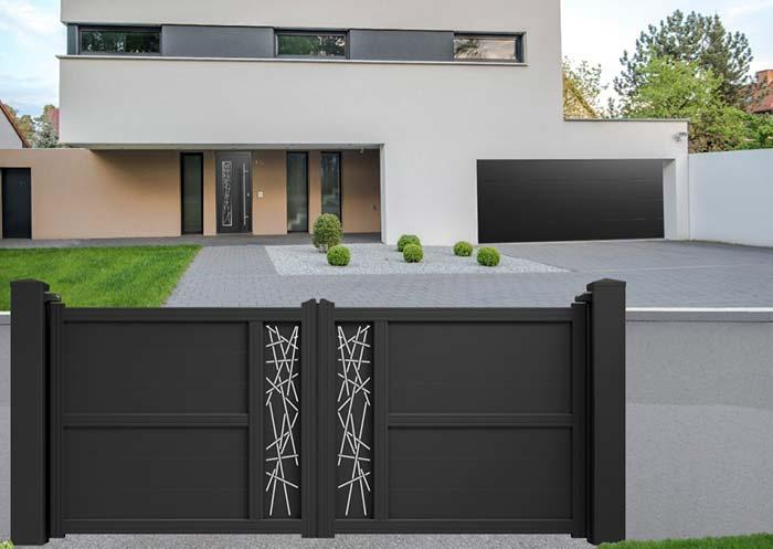 Black aluminum gate with white details in paint