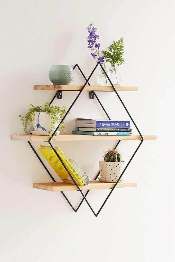 Creative Shelves: 60 Modern and Inspiring Solutions 31