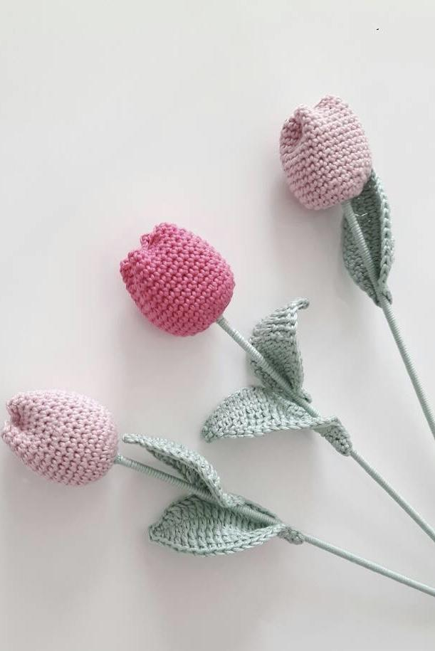 Crocheted Roses Buttons