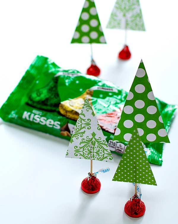 Match Christmas with chocolate.