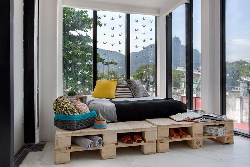 Optimize space with pallets