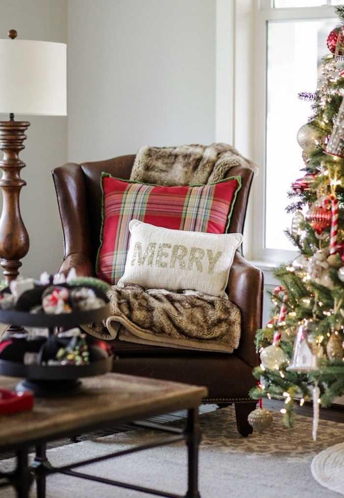 Christmas Cushions: 60 Decorating Ideas and How to Make 58