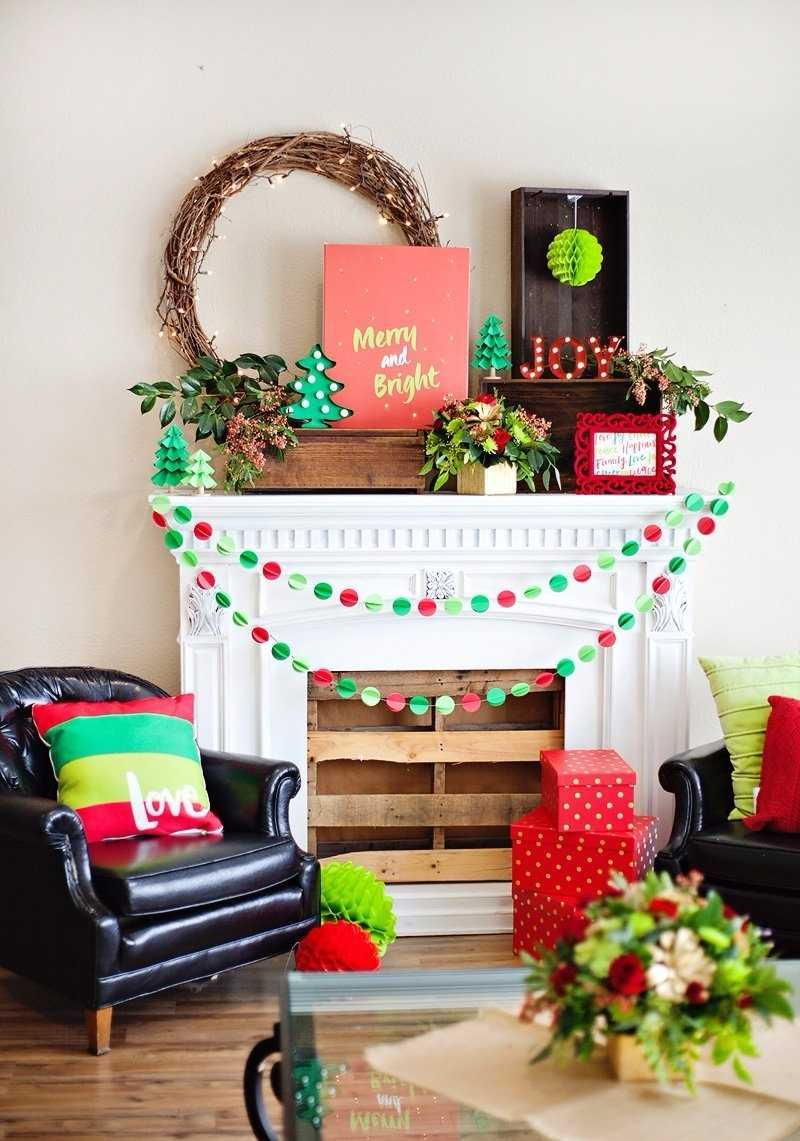 Christmas Cushions: 60 Decorating Ideas and How to Make 20