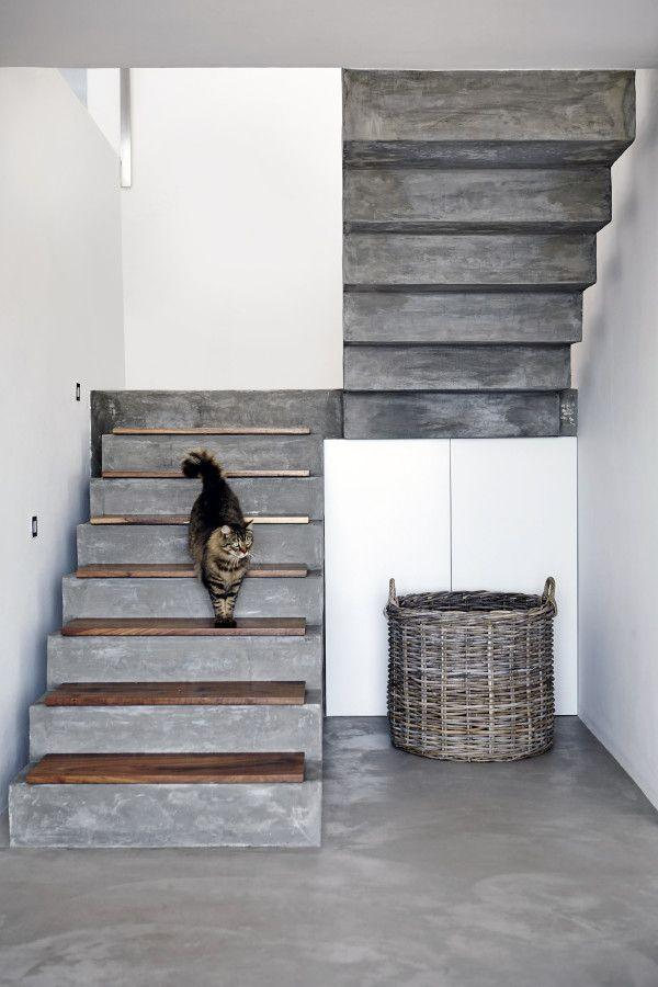 Concrete ladder with smaller wooden boards