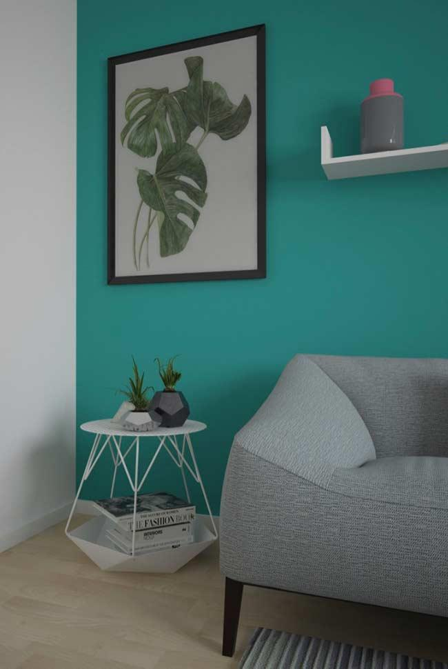 Renew the look of your living room with a simple painting