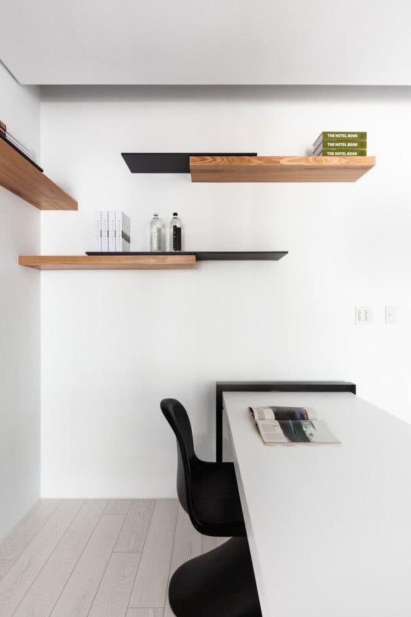 Creative Shelves: 60 Modern and Inspiring Solutions 38
