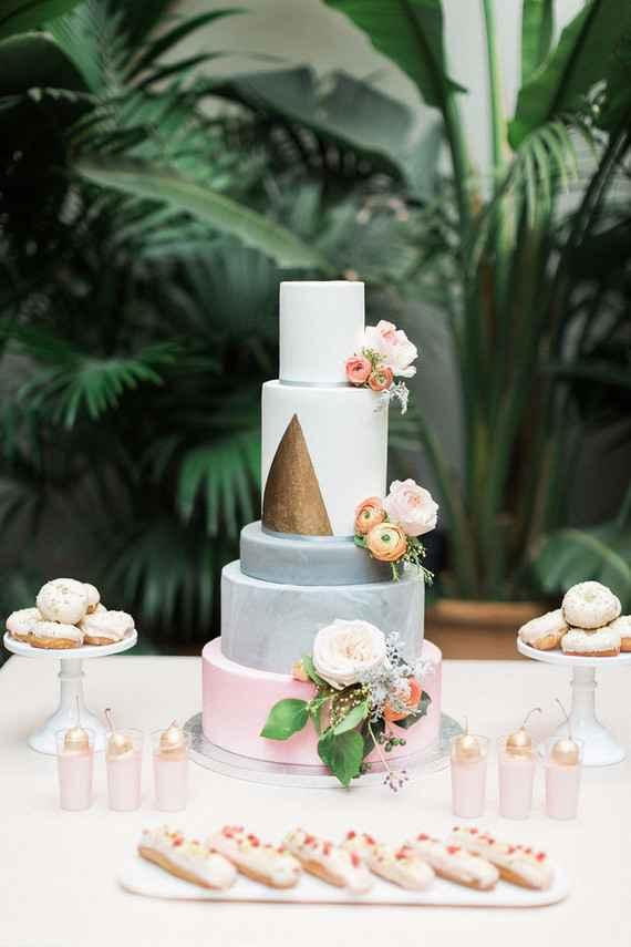 Golden wedding decoration: 60 ideas with photos to inspire 31