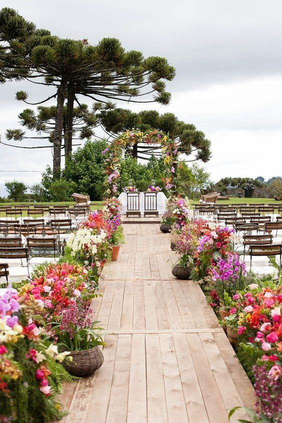 Wedding Arrangements: 70 ideas for table, flowers and decoration 8
