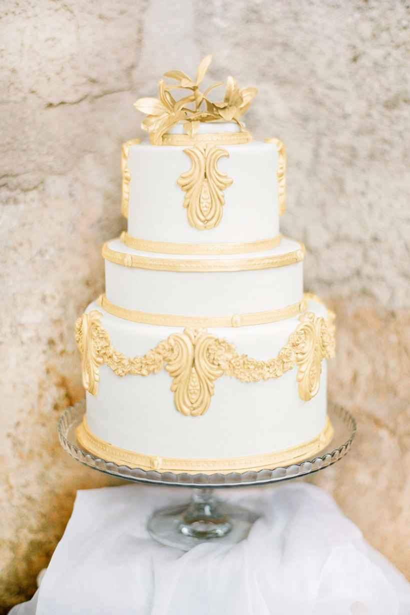 Golden wedding decoration: 60 ideas with photos to inspire 27