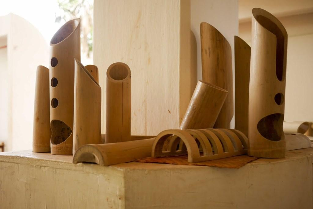 Bamboo Crafts: 60 models, photos and step by step DIY 23