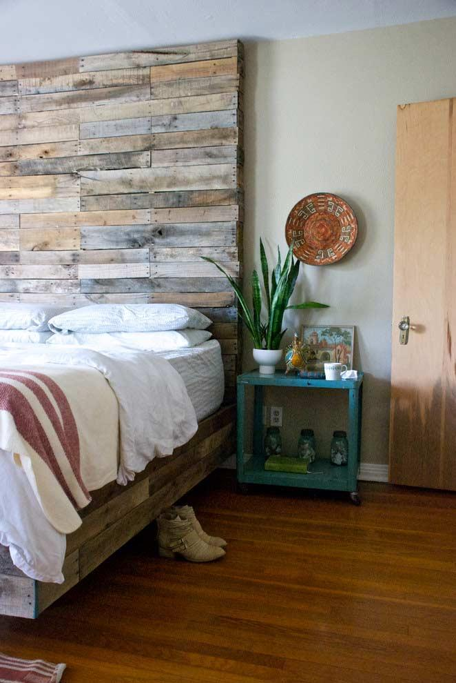 Headboard from floor to ceiling!