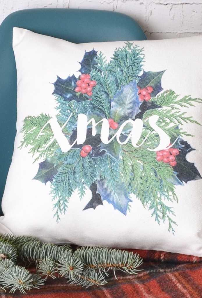 Christmas Cushions: 60 Decorating Ideas and How to Make 16