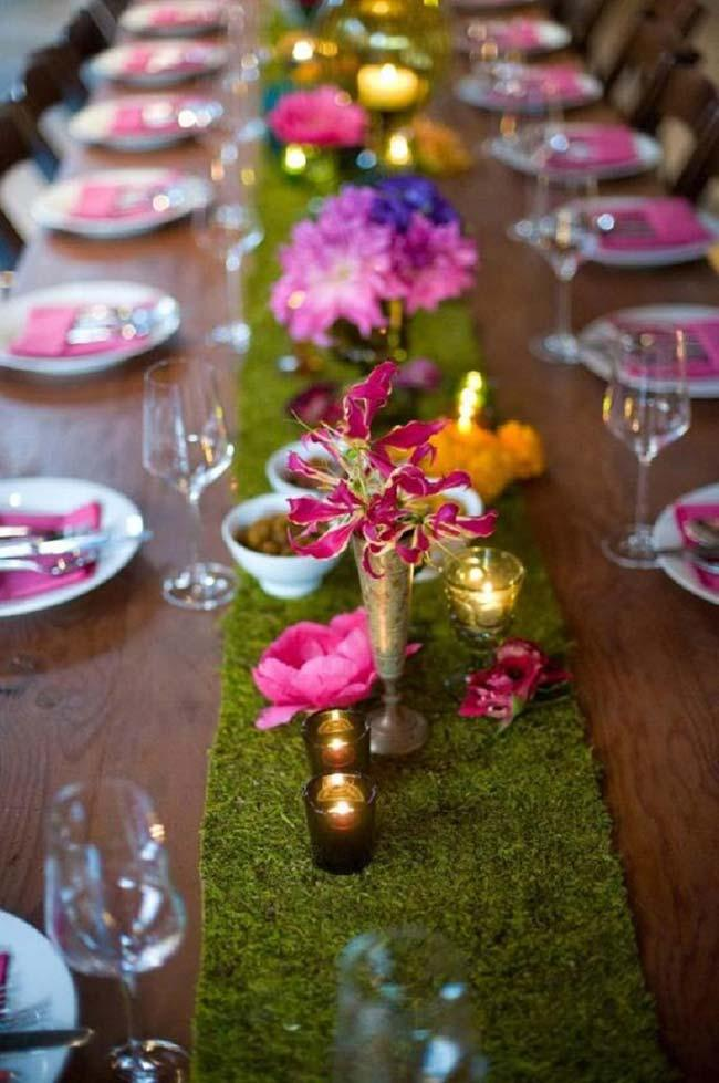 Small arrangements in cheap wedding decoration