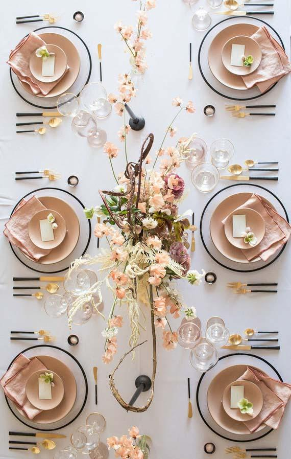 Table set decorated in white color