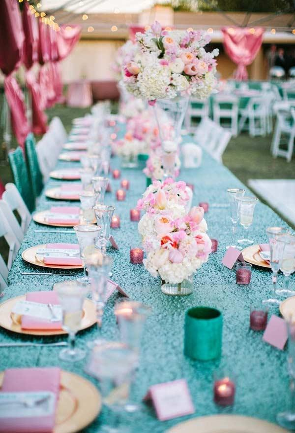 Tiffany table with blue towel