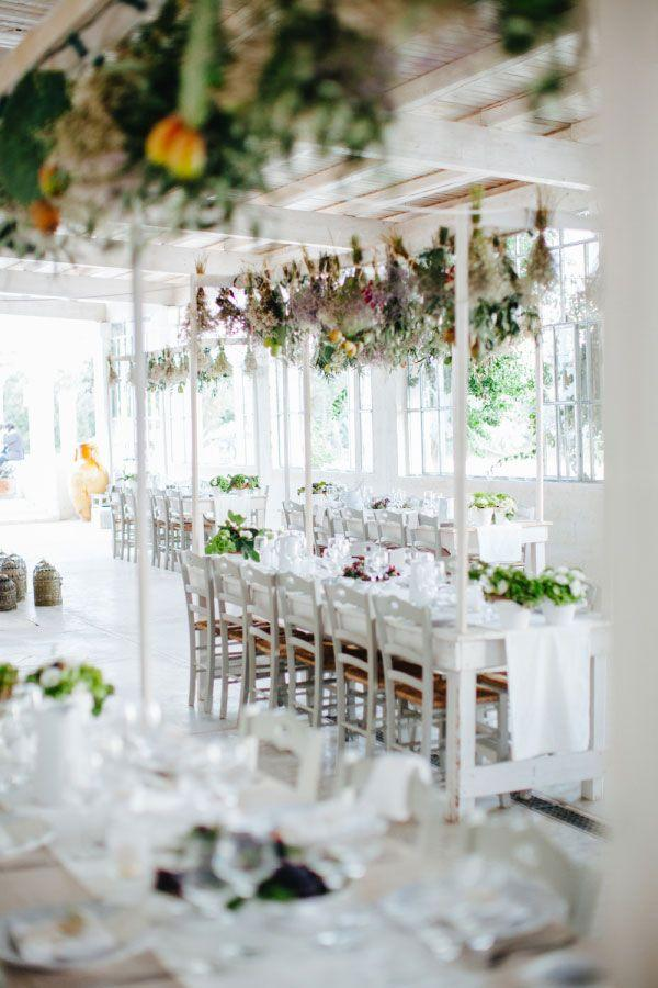 Simple Wedding Decoration: 95 Smashing Ideas to Be Inspired 45