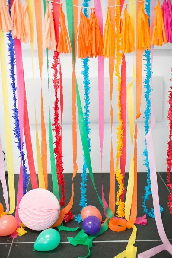 Curtain to decorate the simple children's party