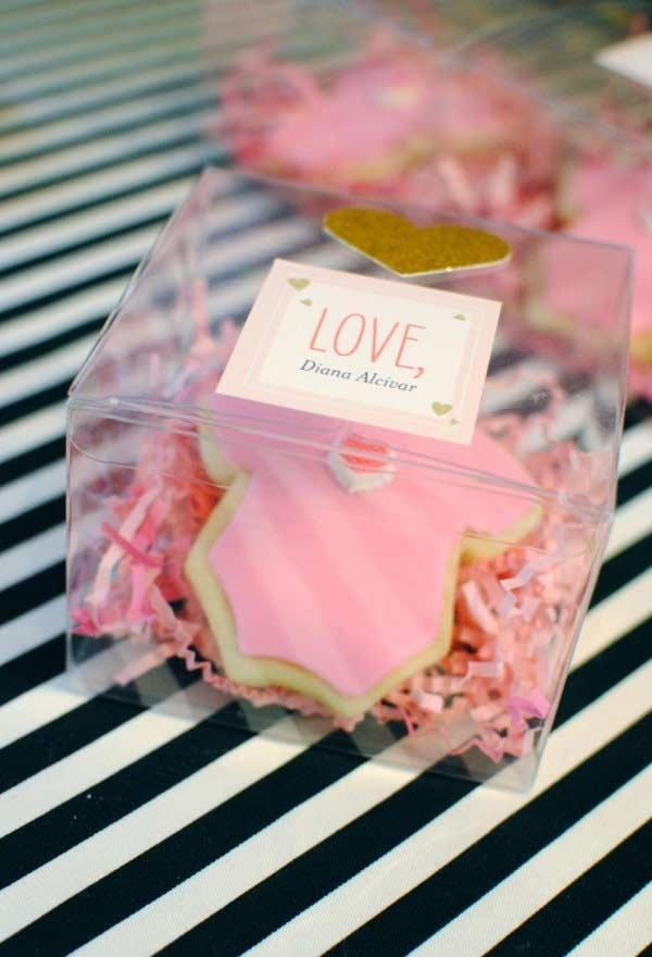 Butterscotch biscuits for baby shower (souvenirs)