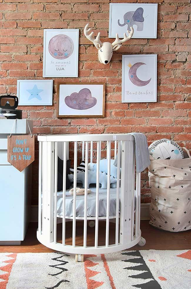 Decorative frames for baby room