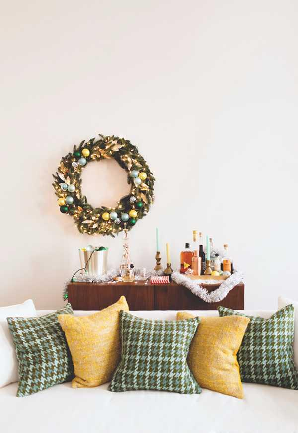 Christmas Cushions: 60 Decorating Ideas and How to Make 59