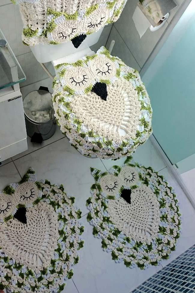 Green and white crochet in owl bathroom set
